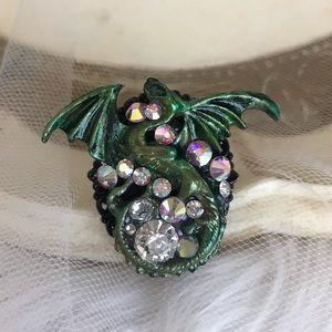 Green dragon ring